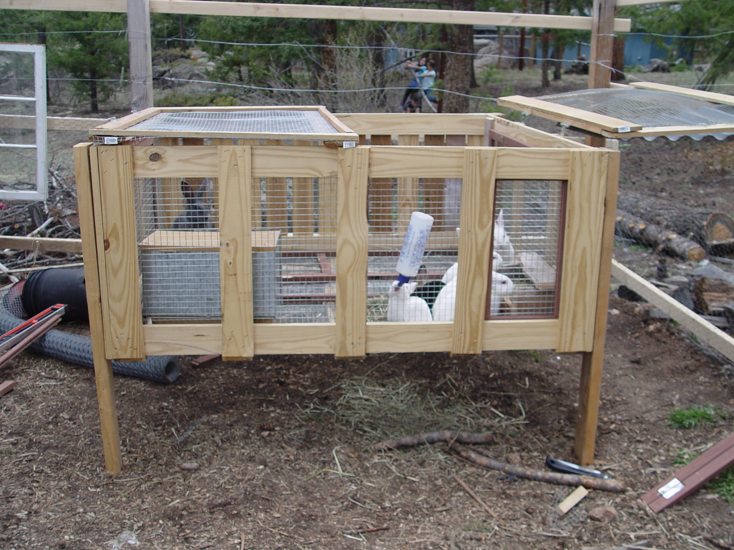 Woodworking plans making rabbit hutches pdf plans - How to make a rabbit cage ...